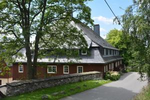 Verlegerhaus Seiffen - Heidersdorf