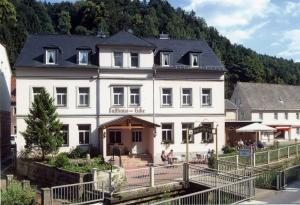 Hotel Gasthaus Zur Eiche - Krippen