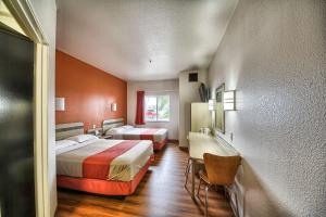 Motel 6 Mission, Мотели  Мишен - big - 43