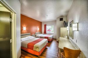Motel 6 Mission, Мотели  Мишен - big - 41