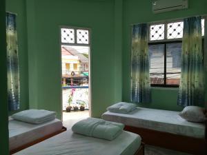 K.G.B. guesthouse, Гостевые дома  Thakhek - big - 5