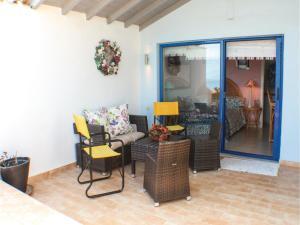Three-Bedroom Apartment in Melissi, Ferienwohnungen  Melission - big - 31