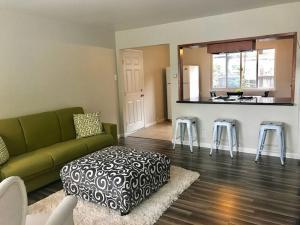 obrázek - Cute modern Mountain View home