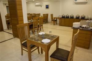 Hotel Pacific Mussoorie, Resorts  Mussoorie - big - 14