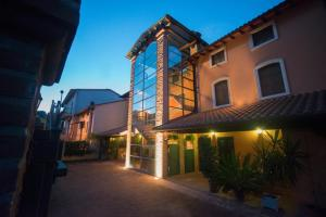 Residenze L'Uncinaia Holiday House