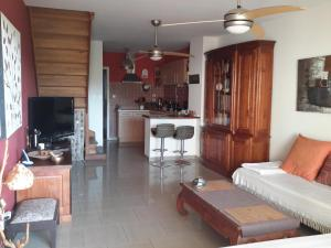 Ti coin Tranquille, Bed and breakfasts  Saint-Leu - big - 10
