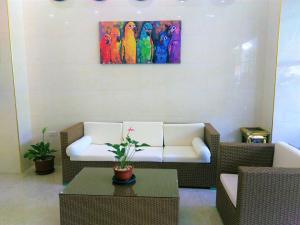 One Elnido Suite
