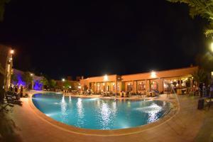 __{offers.Best_flights}__ Palm's Hotel Club