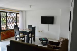 Ideal para familias, empresarios o viajeros, Ferienwohnungen  Cali - big - 4