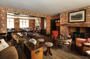 The Stag and Huntsman at Hambleden, Bed and Breakfasts  Henley-on-Thames - big - 66