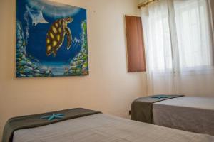 Ca' Mary with pool, Apartmanok  Santa Maria - big - 22