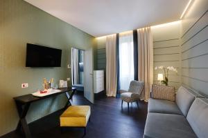 Stendhal Luxury Suites