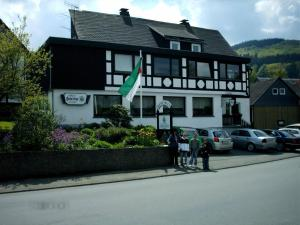 Gasthof Haus Hubertus, Penzióny  Winterberg - big - 1