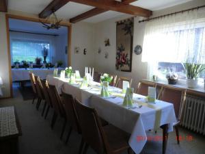 Gasthof Haus Hubertus, Penzióny  Winterberg - big - 9