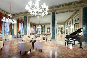 Eurostars Hotel Excelsior (7 of 75)