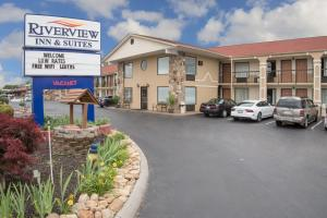 Riverview Inn - Pigeon Forge/Sevierville
