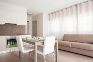 Astoria Suite Apartments - AbcAlberghi.com