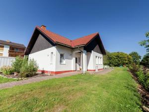 Holiday Home Densberg 1 - Halsdorf