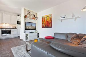 Landhaus _Berthin_Bleeg_ App_ 4 Bu, Appartamenti  Wenningstedt - big - 1