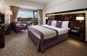 Crowne Plaza Moscow World Trade Centre (2 of 128)