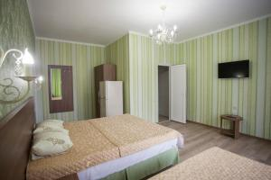 Отель Алмаз