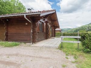 Location gîte, chambres d'hotes Beautiful Chalet in Lotharingen with Terrace dans le département Vosges 88
