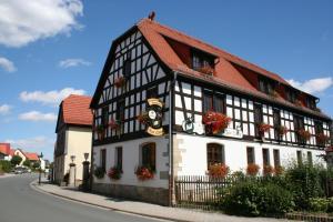 Albergues - Gasthaus & Hotel Zur Linde