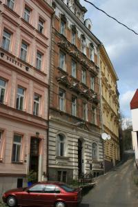 Apartmany U Divadla, Ferienwohnungen  Karlsbad - big - 16