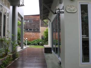 Lada House, B&B (nocľahy s raňajkami)  Lampang - big - 24