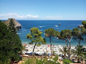 Giardini Taormina Baia Degli Dei Giardini Naxos Italy J2ski