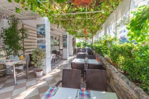 Hotel Dost, Hotely  Marmaris - big - 47