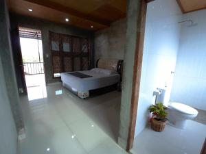 Eddie's Homestay, Проживание в семье  Lhonga - big - 17