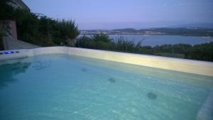 Swiss Borzoi House, Bed and Breakfasts  Bellerive - big - 46