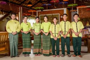 Hotel Queen Jamadevi, Hotely  Mawlamyine - big - 32