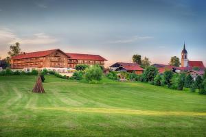 Hotel und Landgasthof Altwirt - Großhartpenning