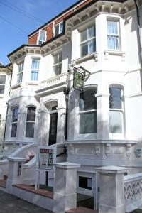 Brighton Youthful Hostel.....by the Sea - Hove
