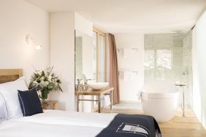 Firefly Luxury Suites, Отели  Церматт - big - 1
