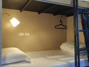 Rowhou8e Hostel Hua Hin 106, Hostely  Hua Hin - big - 9