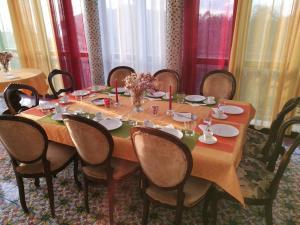 Pupi Catania Etna B&B, Bed & Breakfast  Aci Castello - big - 20