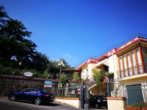 Pupi Catania Etna B&B, Bed & Breakfast  Aci Castello - big - 78