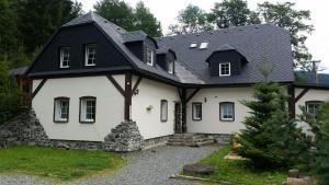 Hostels und Jugendherbergen - Penzion Ostruznik