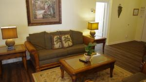 Four-Bedroom Rocco Villa, Виллы  Орландо - big - 35