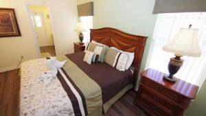 Four-Bedroom Rocco Villa, Виллы  Орландо - big - 44