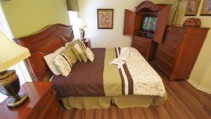Four-Bedroom Rocco Villa, Виллы  Орландо - big - 46