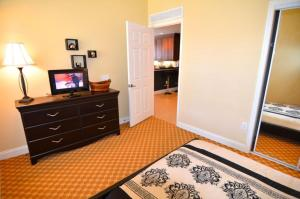 Three-Bedroom Apartment #7468, Appartamenti  Orlando - big - 44