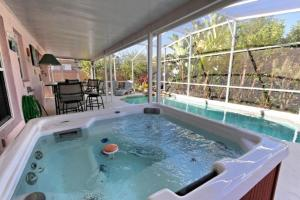 Four-Bedroom Audez Tropical Villa, Vily  Orlando - big - 1
