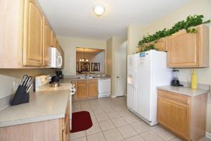 Five-Bedroom Comrow Villa #7742, Ville  Orlando - big - 31