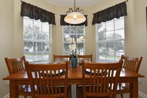 Five-Bedroom Comrow Villa #7742, Ville  Orlando - big - 32