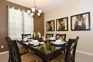 Five-Bedroom Comrow Villa #7742, Ville  Orlando - big - 33