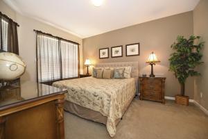 Five-Bedroom Comrow Villa #7742, Ville  Orlando - big - 36